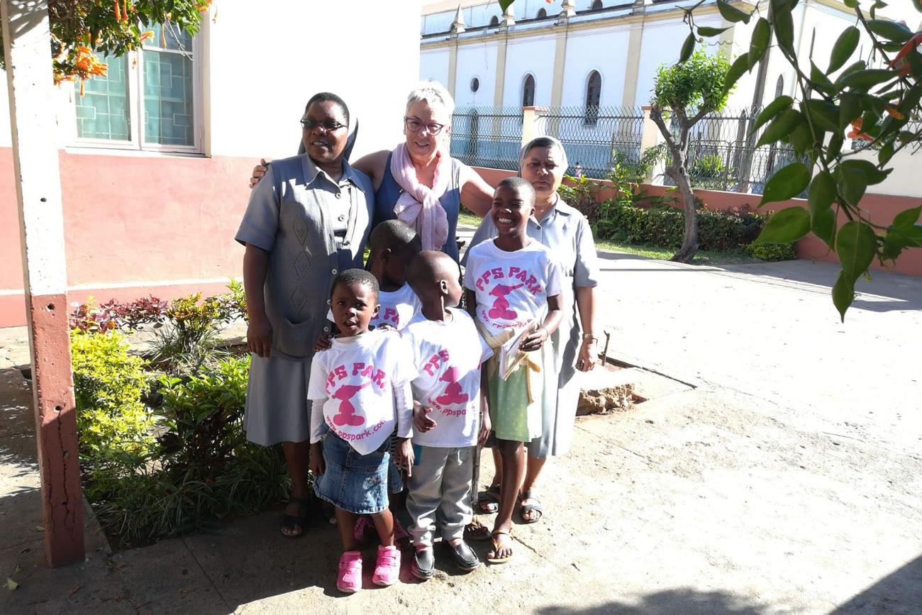 Pp's Park amb els nostres petits de Moçambic!